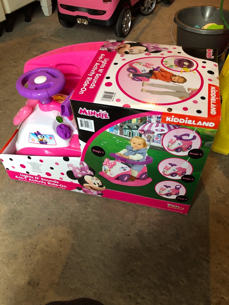 Minnie Mouse toddler push car