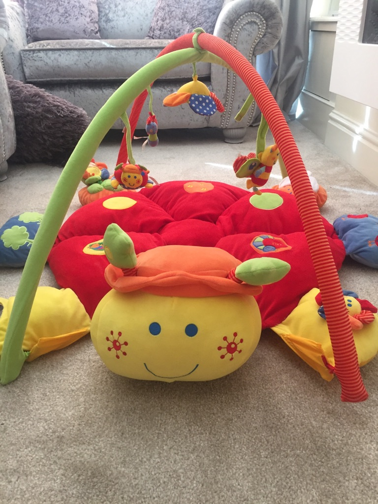 Mamas & papas play gym
