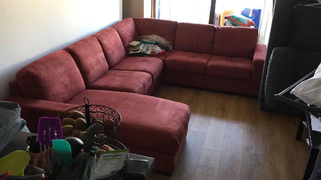 Super comfortable corner sofa - 4+ seater!