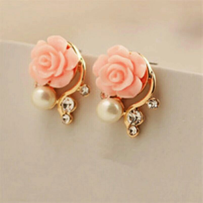 Goldtone w/Pink 🌹 and Pearl Post Earrings