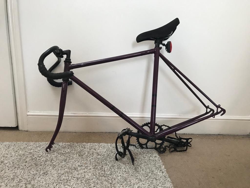 Women fixed gear bike