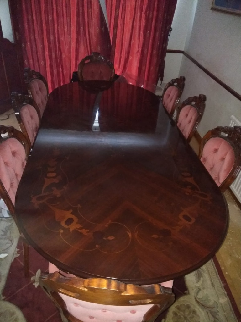 8 seater mahogany dining table for viewing call  07717424888