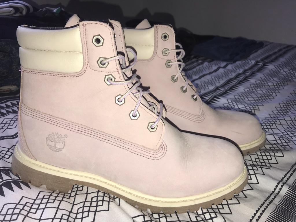 Mauve Timberland Boots
