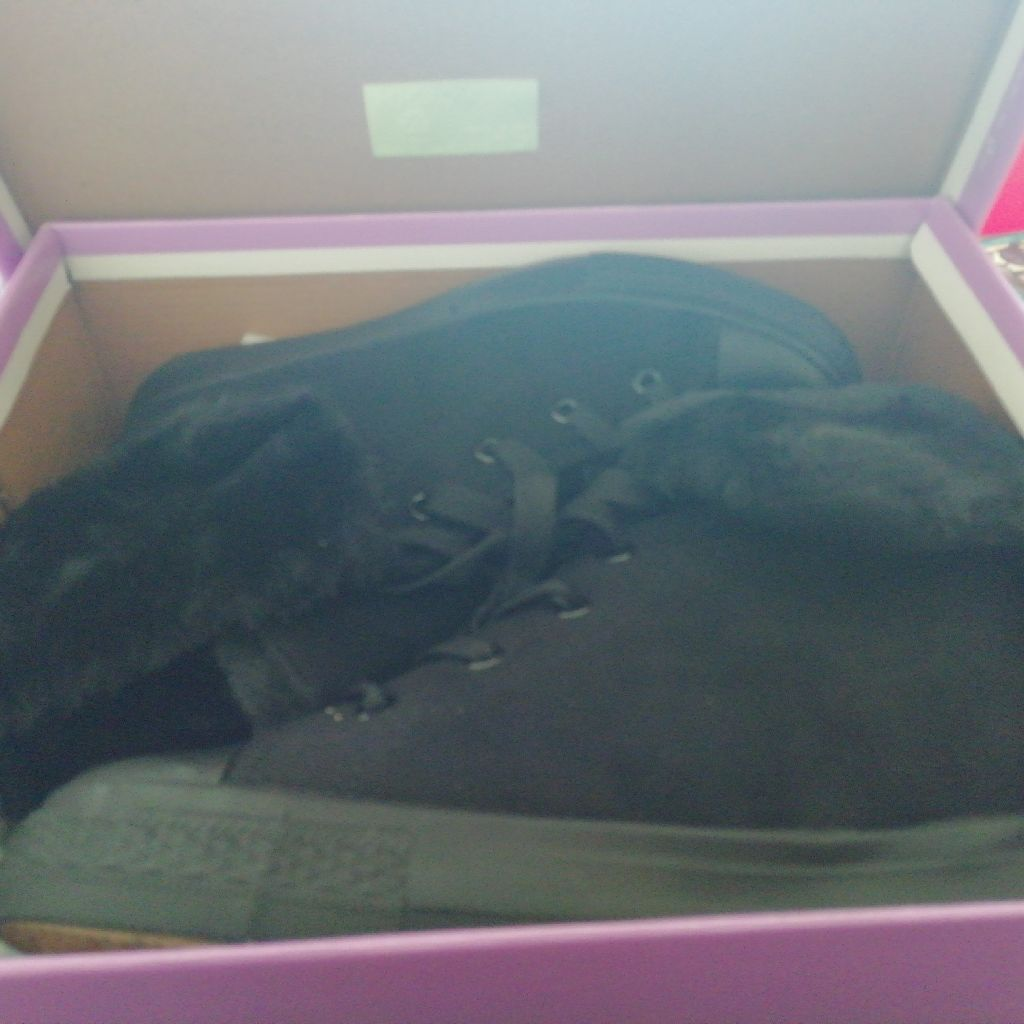 Size 6 wedge ankle boots