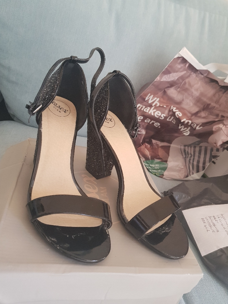 Essex glam shoes size 6