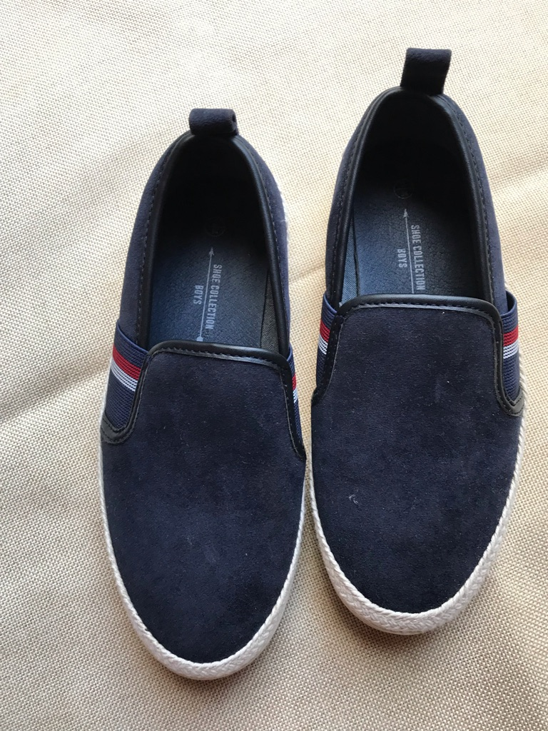Brand new boys shoes size 2