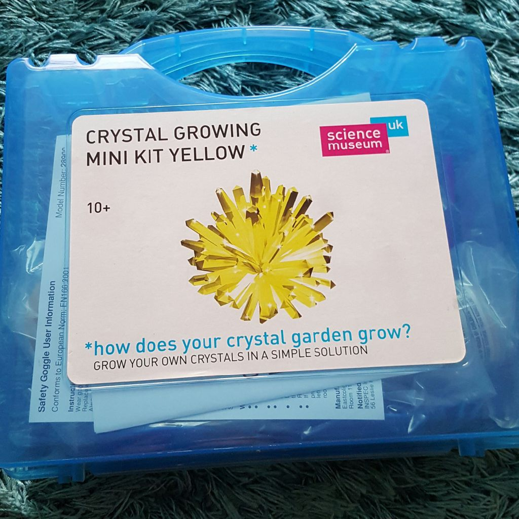 Brand new chrystal growing kit
