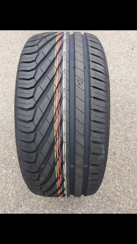 Two uniroyal rain sport 3 tyres 245/40/R18