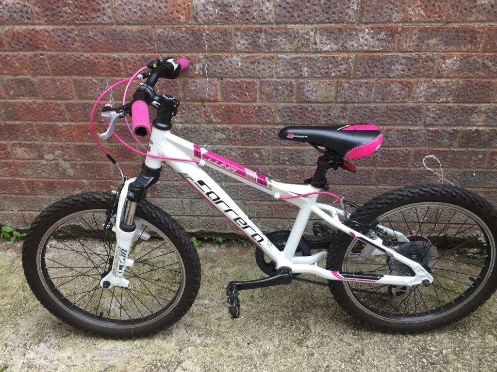 Girls carrera bike