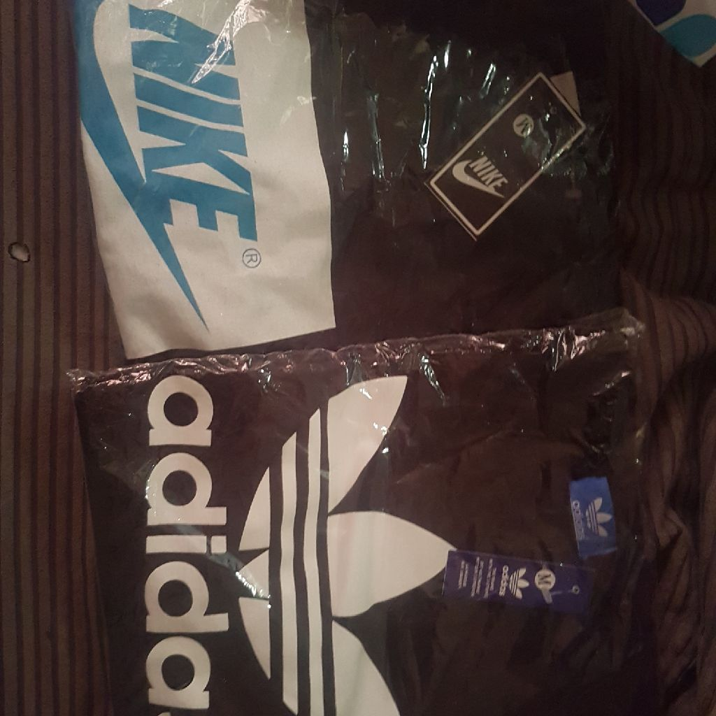 Medium mens tshirts 2 for £25 medium