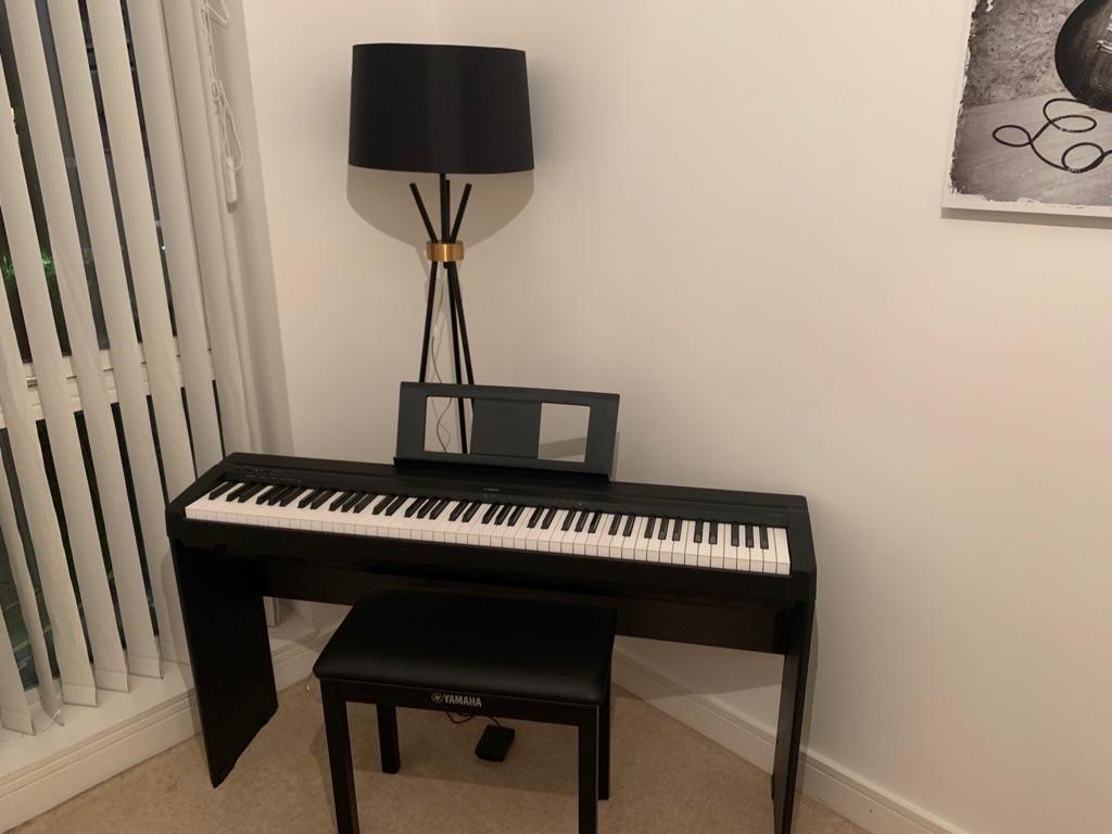 P-45 Yamaha electric Piano