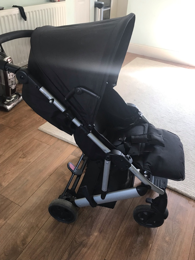 Mamas and Papas black stroller/buggy