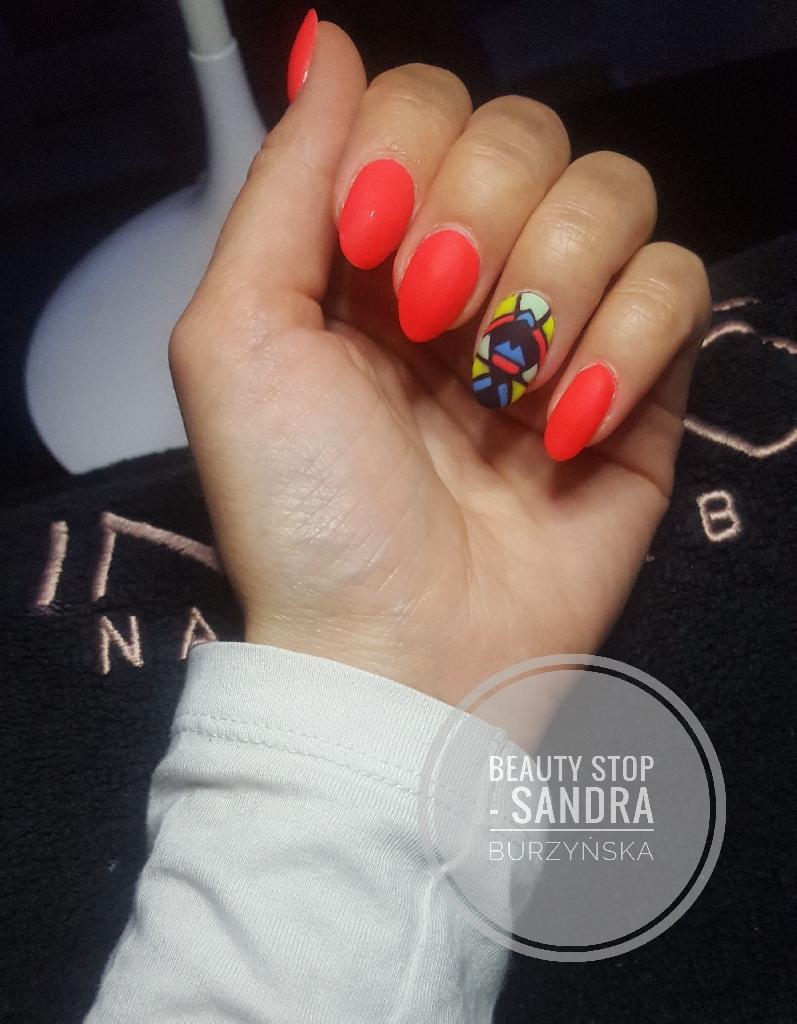 Nails extension/shellac