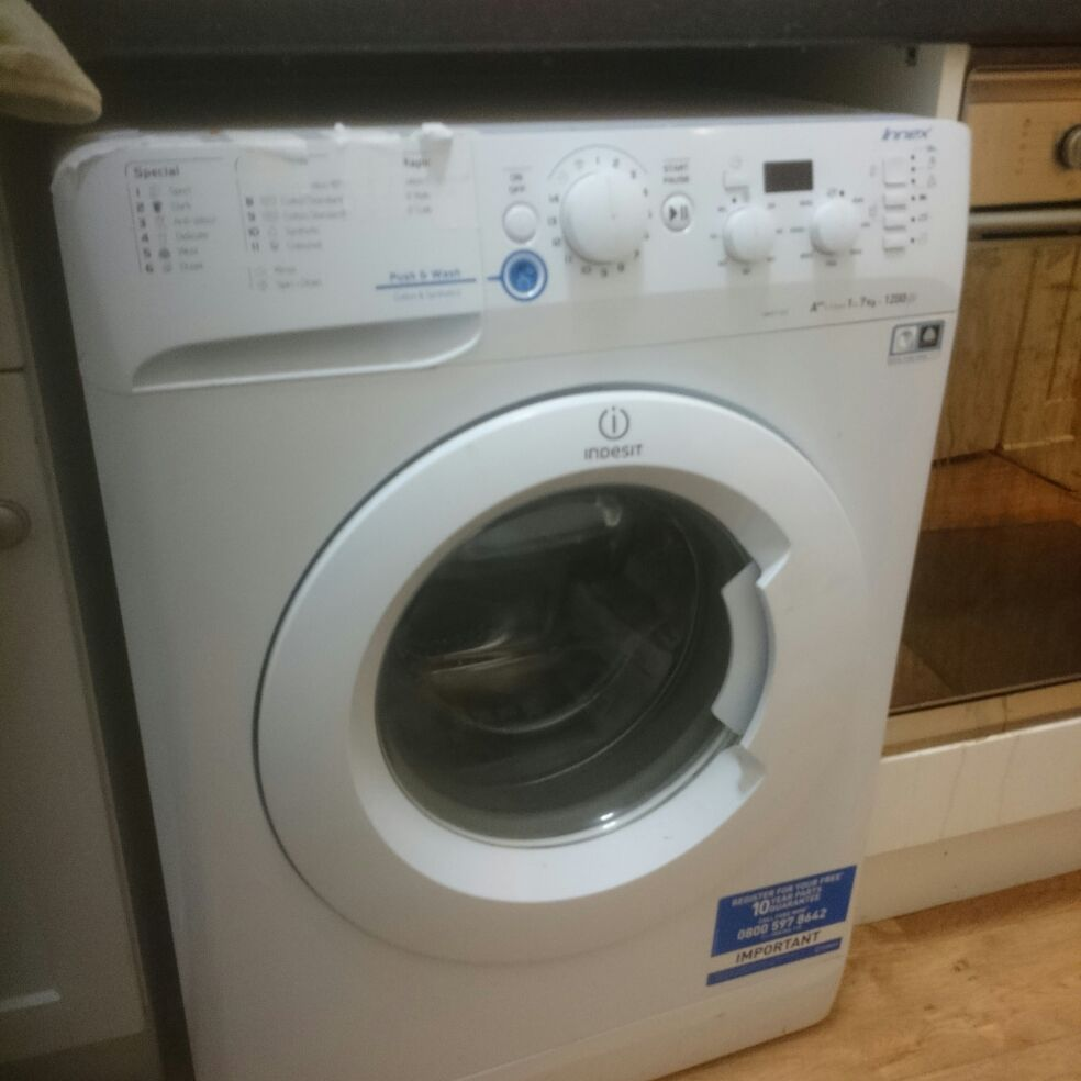 Indesit Innex A++ 1 to 7kg 1200 spin.