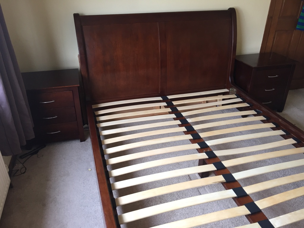 King size sleigh bed with matching bedside tables