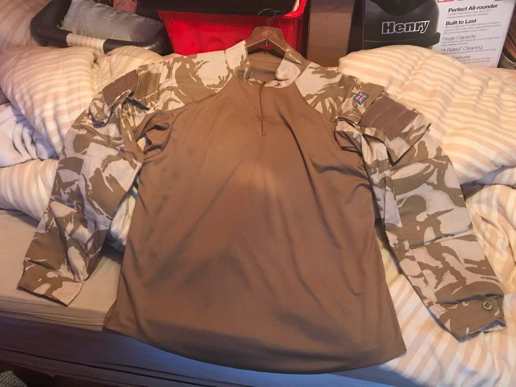 Camouflage top excellent condition