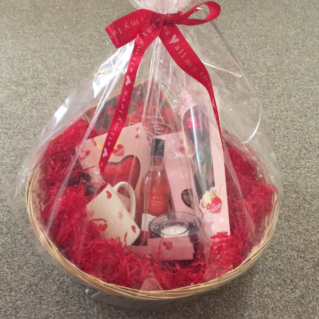 Luxury gift baskets and gifts