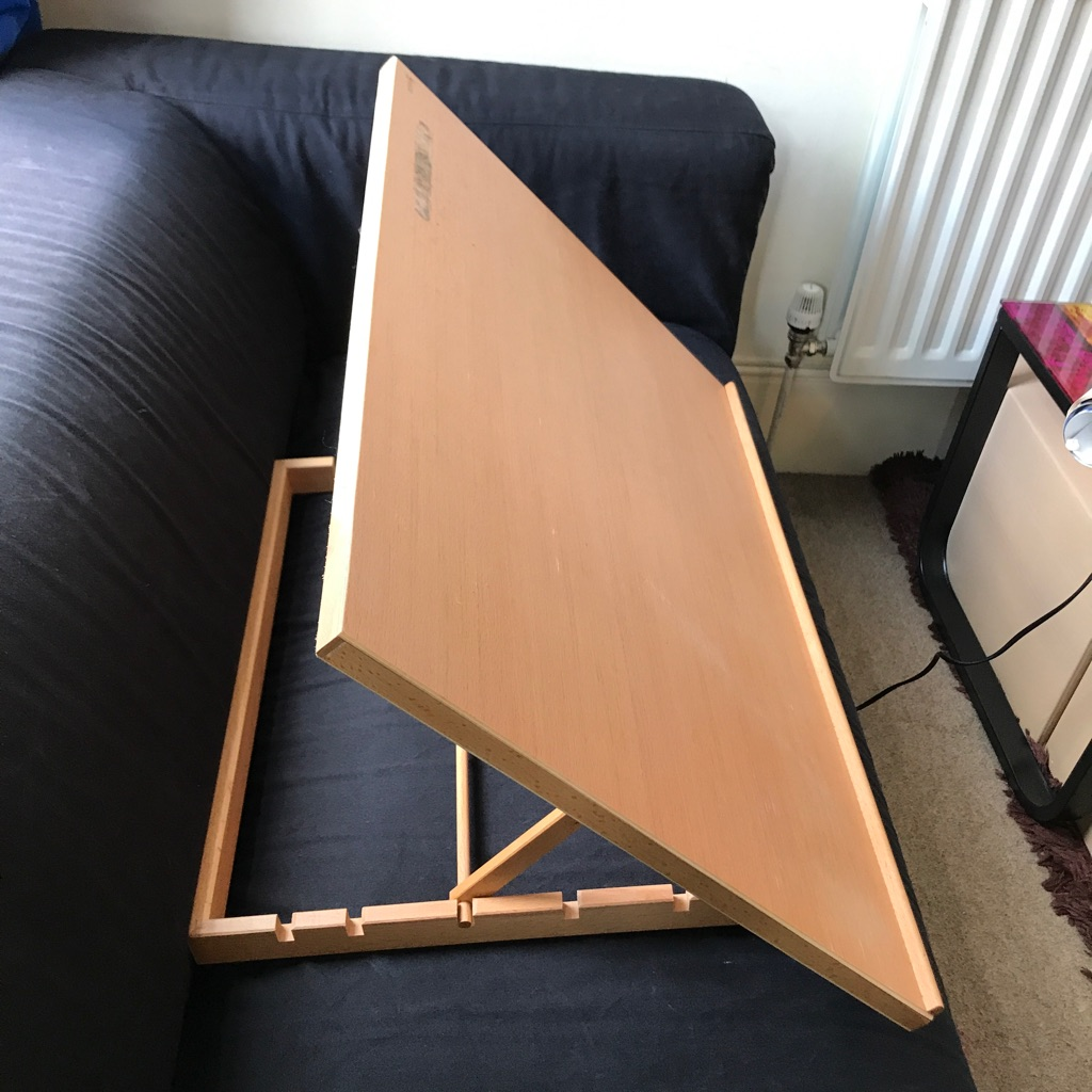 Wooden artist/writers adjustable easel
