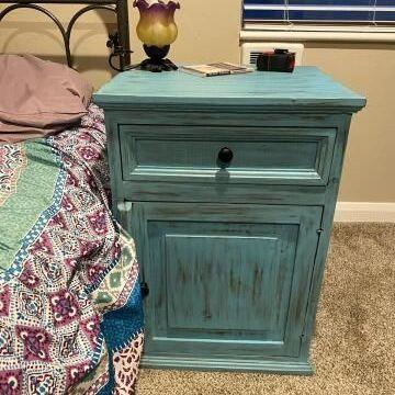 Lovely nightstand