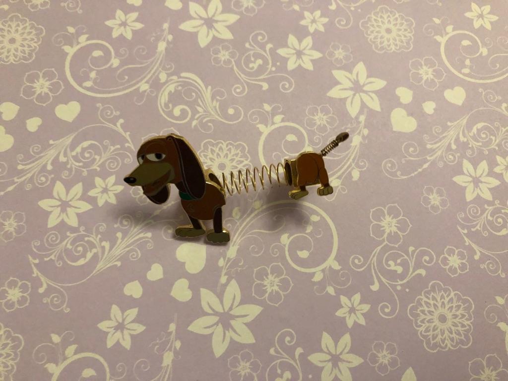 Slinky dog Disney pin