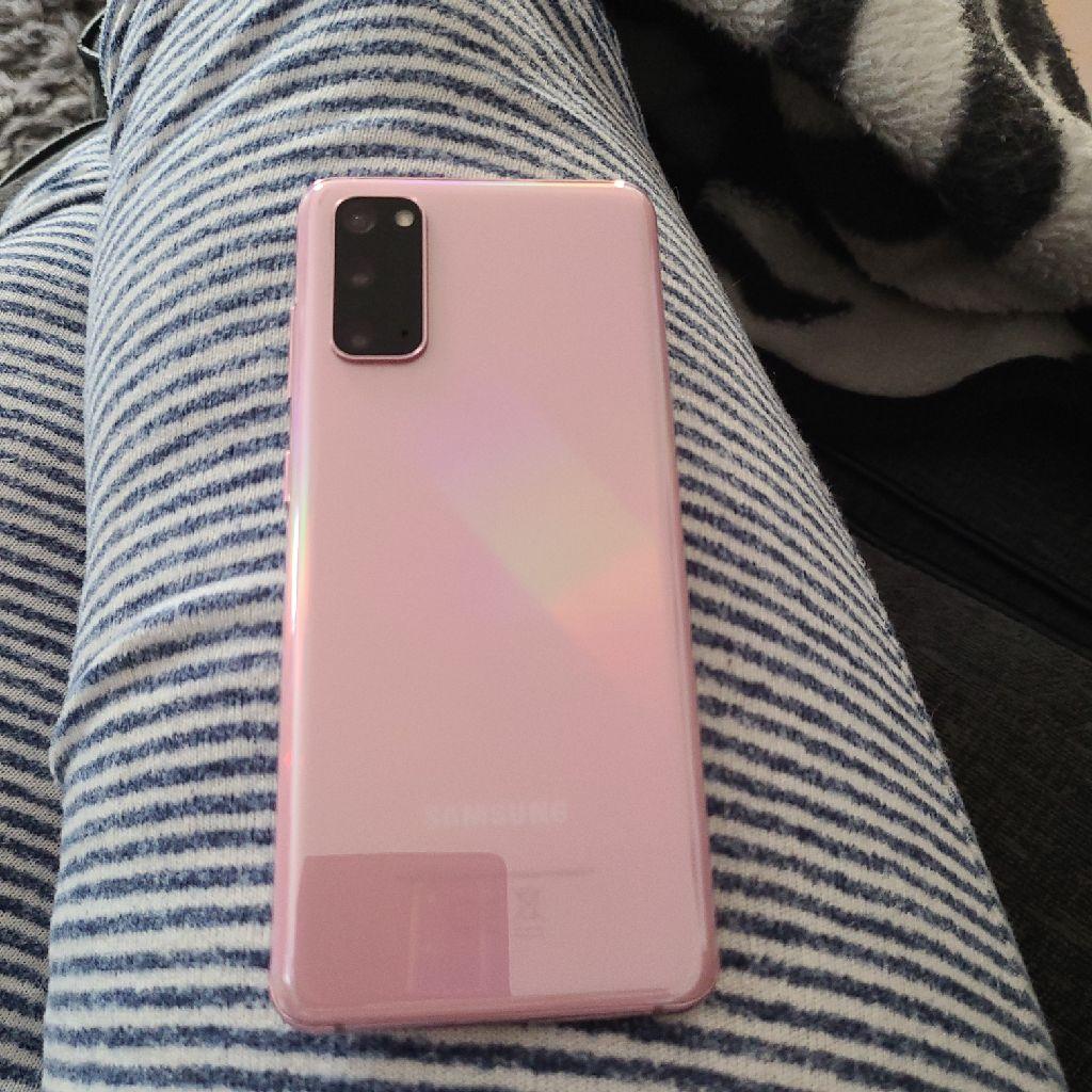 Samsung S20 (Rose Gold)