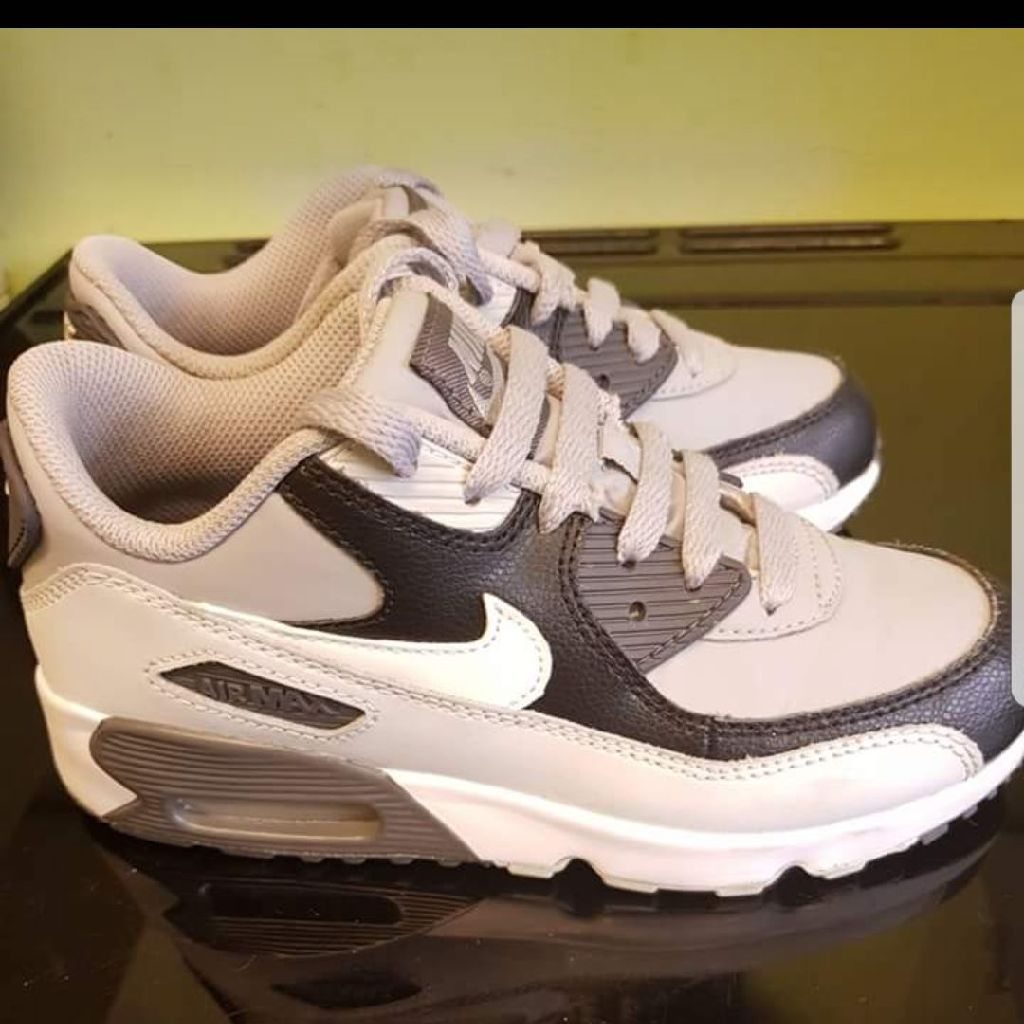 721204469896 Girls nike trainers size 1