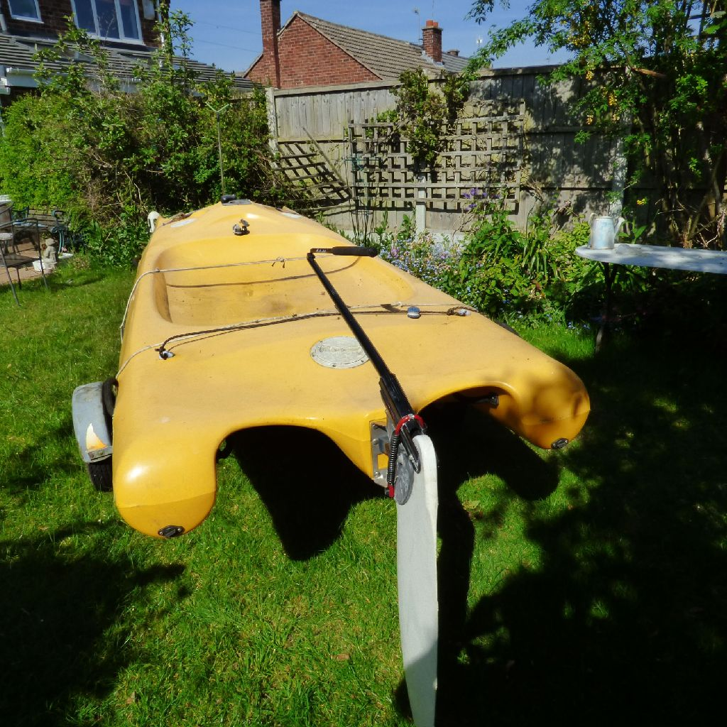 For sale : yellow laser fun boat : keep your children occupied in the holidays !!! £550 ono.