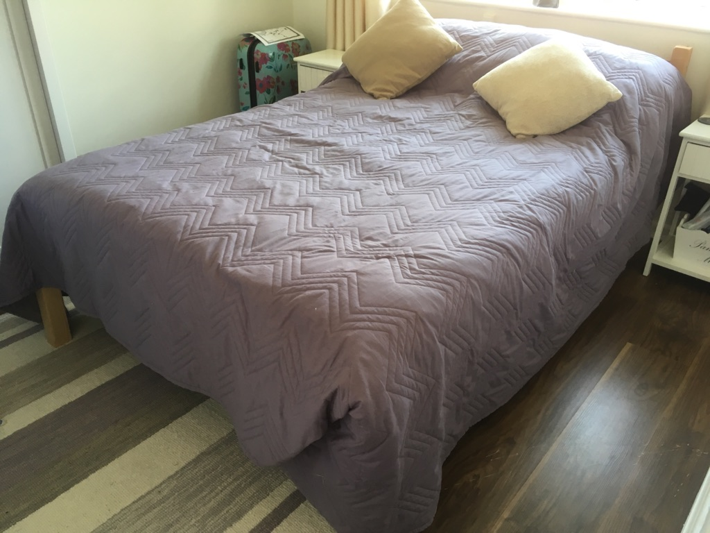 4 ft pine frame small double bed with memory foam mattress