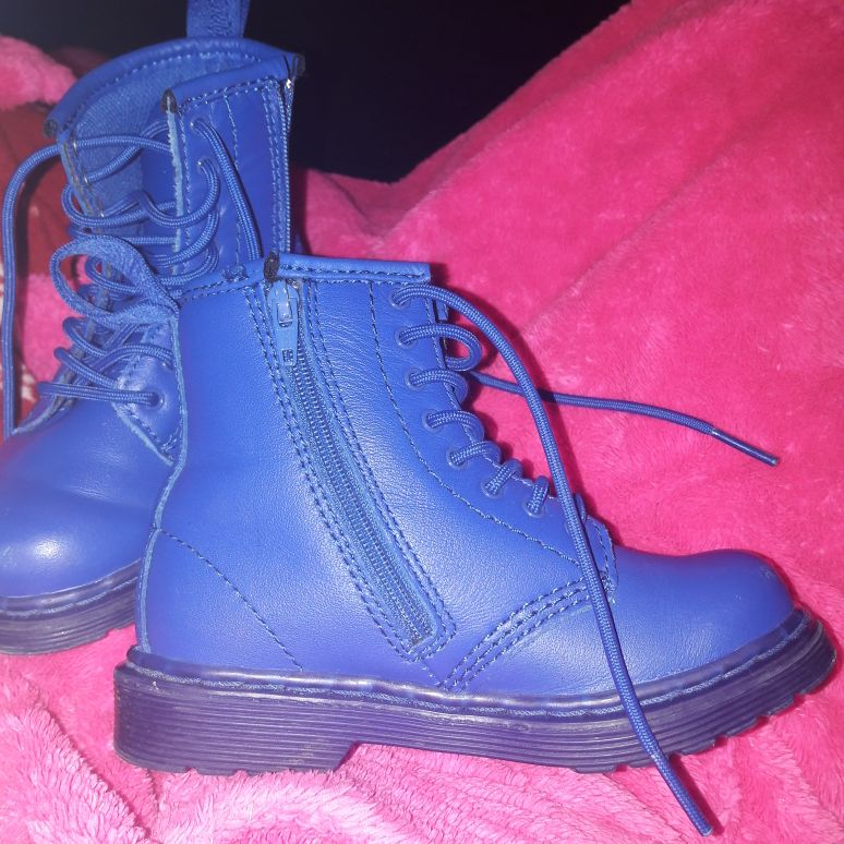 Genuine doc martens infant size 7