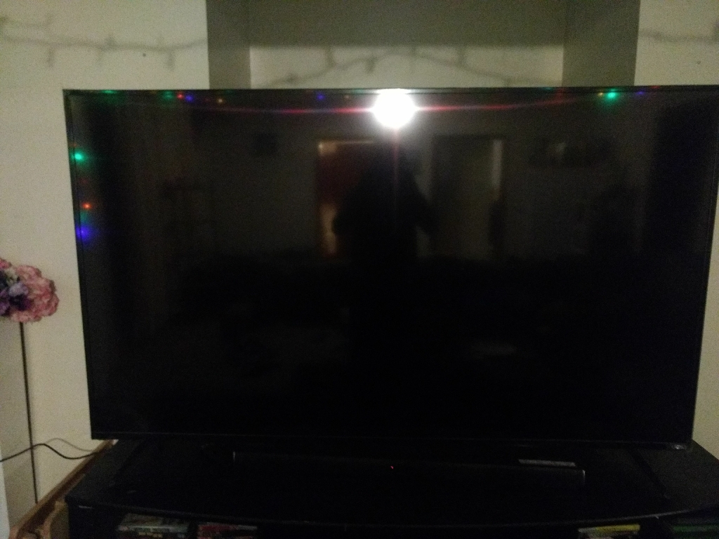Vizio smart with 4k display 70 inch flat screen tv