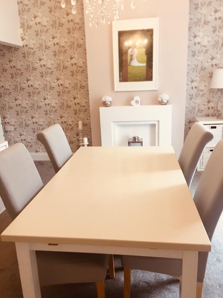 Corian table top