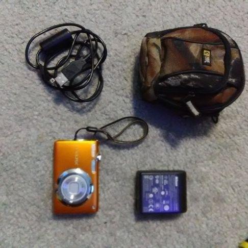 Nikon Coolpix digital camera set