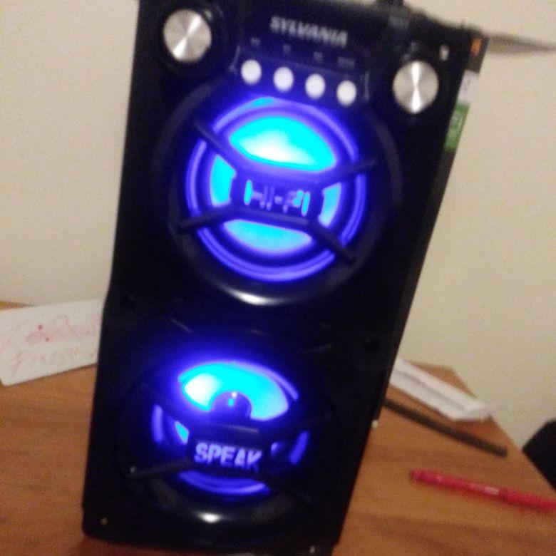 Bluetooth light up speeker