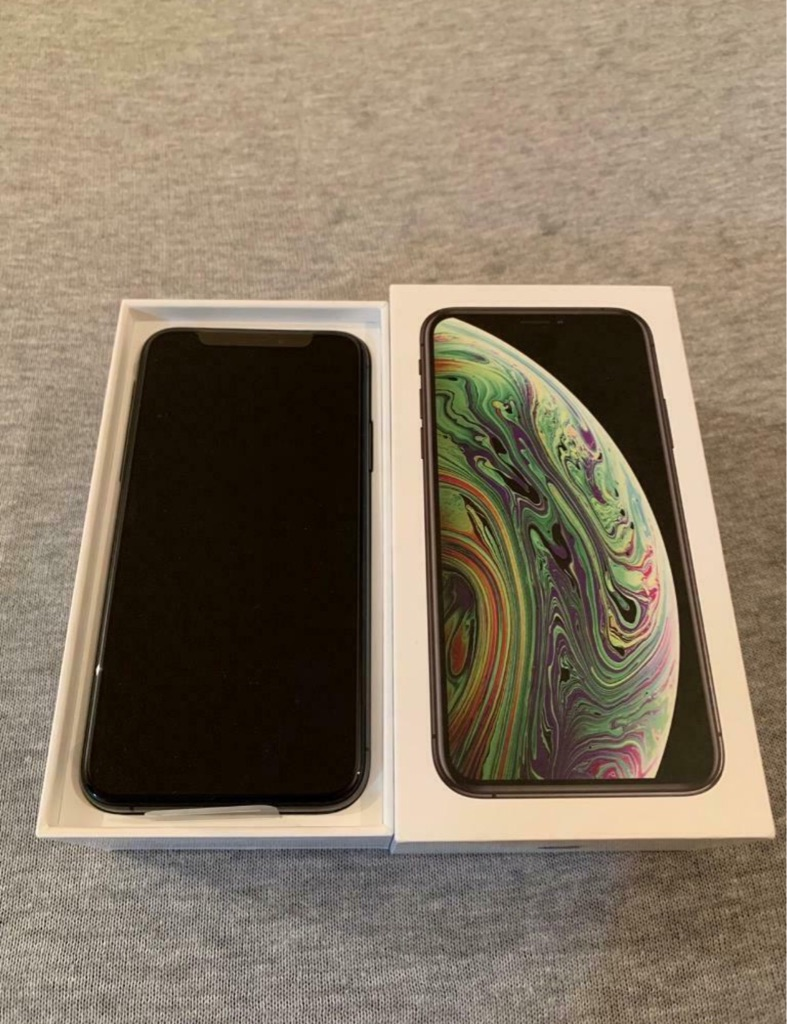 Brand New IPhone XS Black Unlocked 256GB