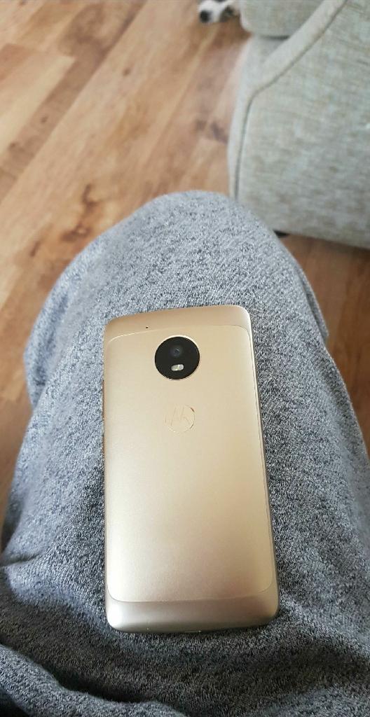 Moto g5 gold ex condition