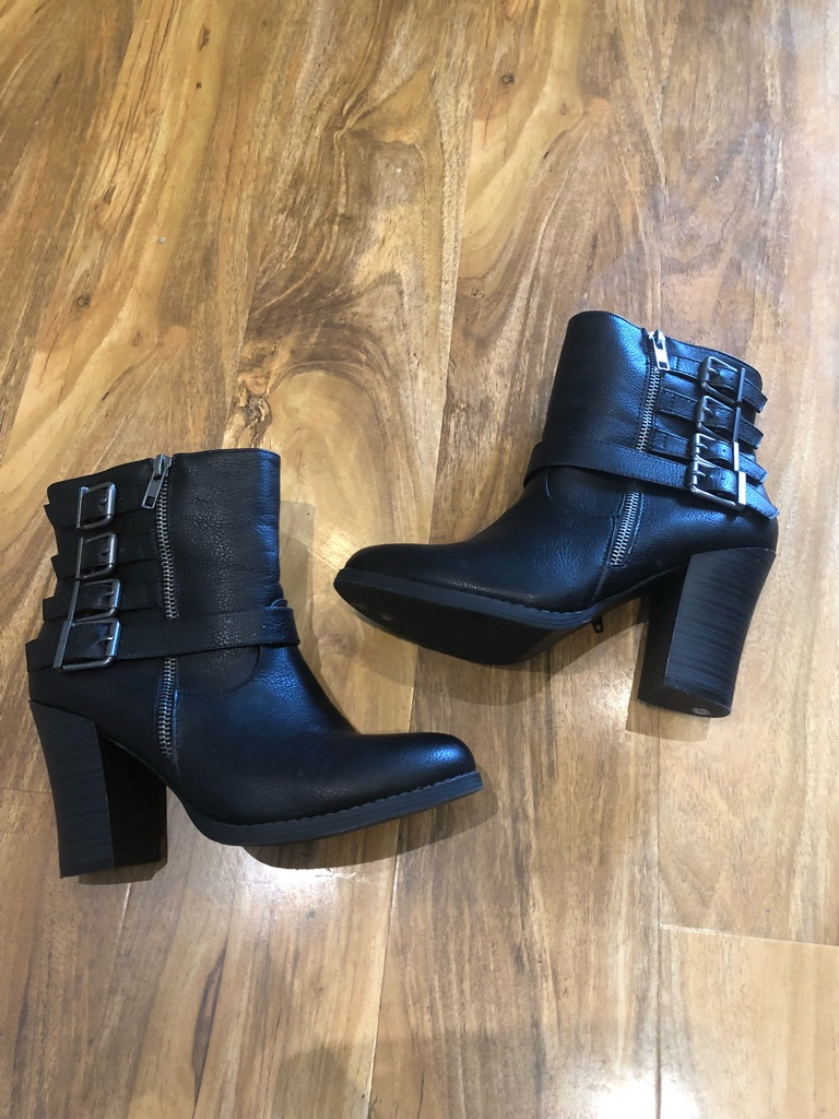 Ankle boots uk 6