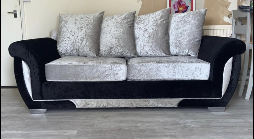 Crushed velvet sofa with pullout double bed