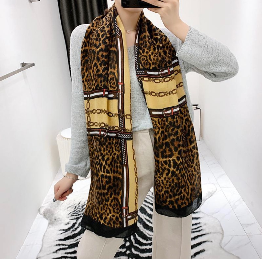 Scarf Female Winter Cotton Linen Scarf Autumn Winter Japanese and Korean Style Sweet Keep Warm Chain
