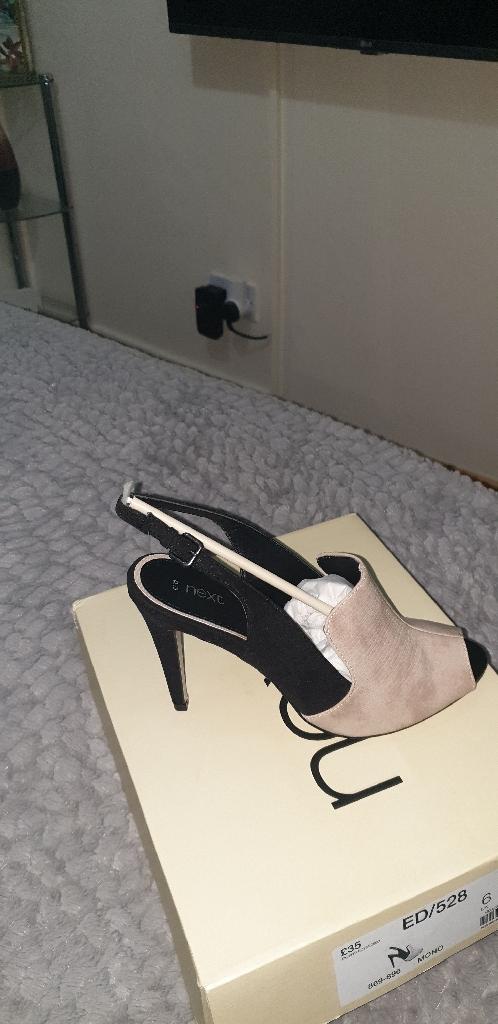 Next open shoes