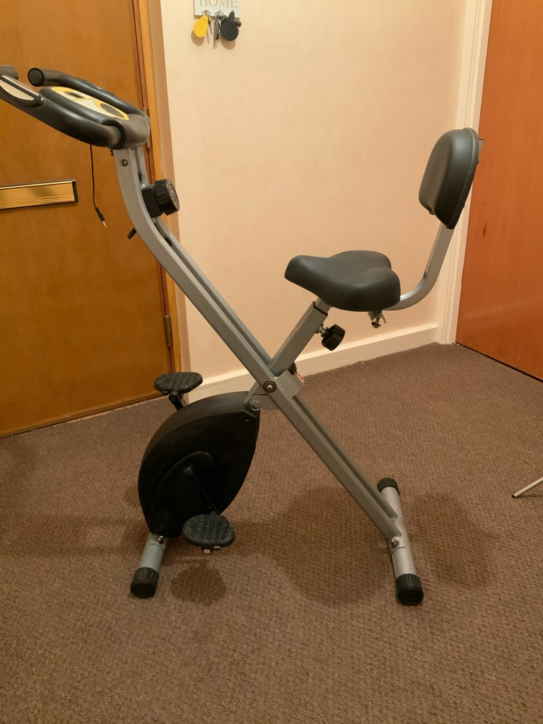 EXERCISE BIKE, GOOD CONDITION.