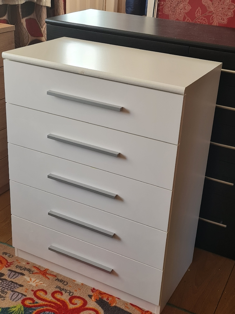 White high gloss drawer £125