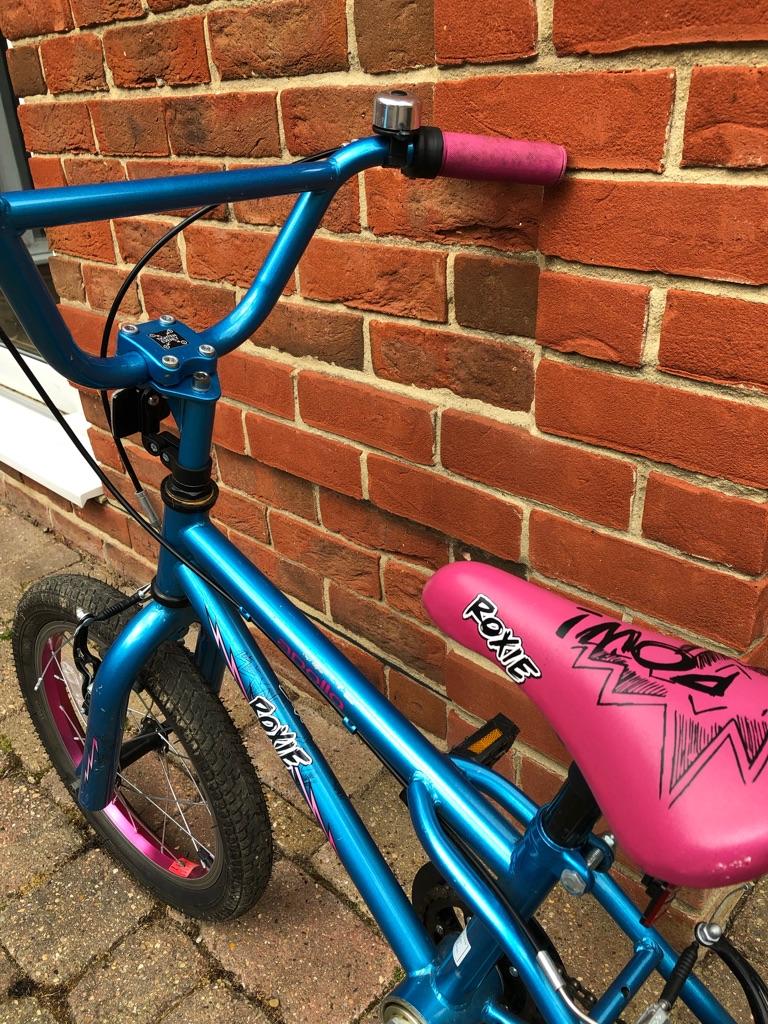 "Girl's 16"" Apollo Roxie bicycle"