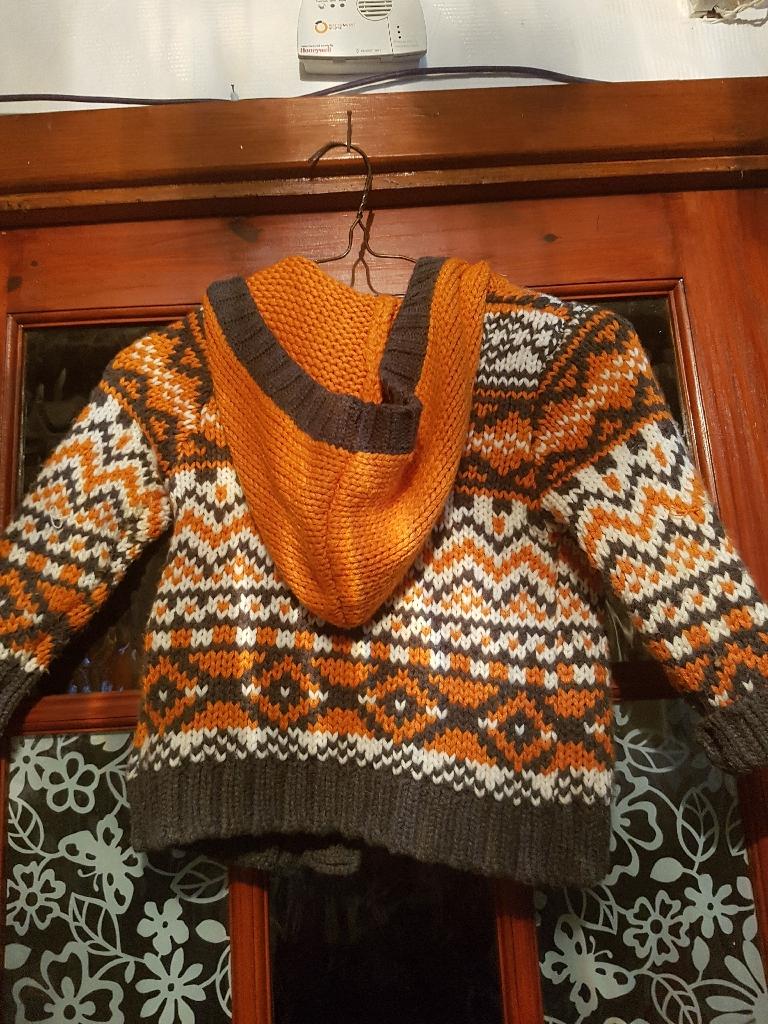 Age 2-3 hooded cardigan