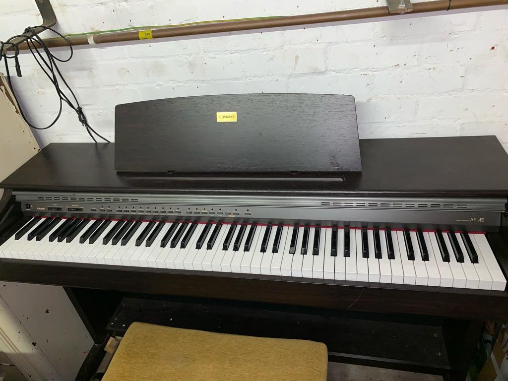 Celviano Electric Piano
