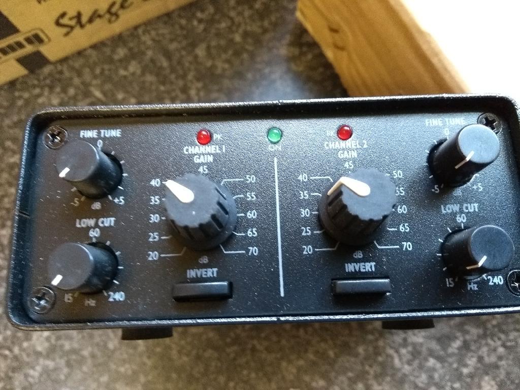 Stageline  MPA-202 2 Channel low noise microphone pre-amplifier XLR sockets