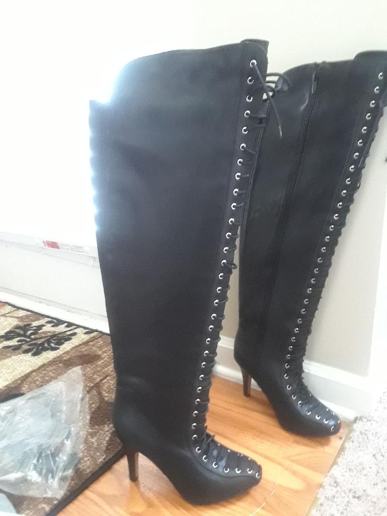 Torrid knee boots