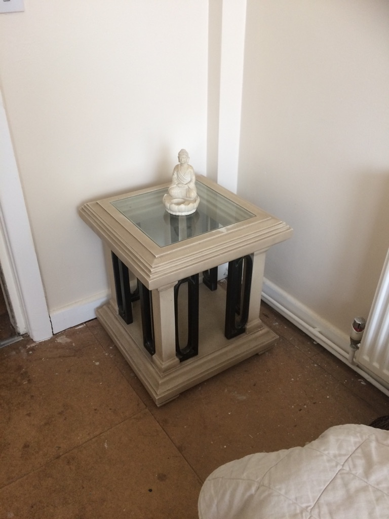 Roman lamp table