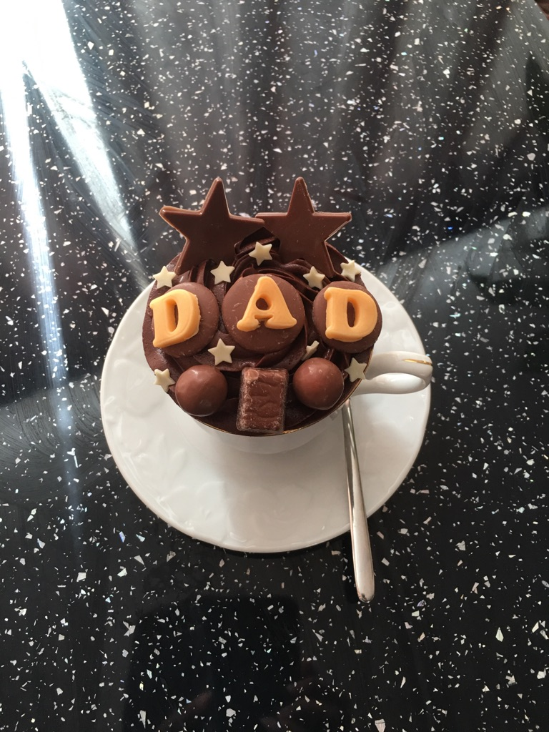 Father's Day teacup cake