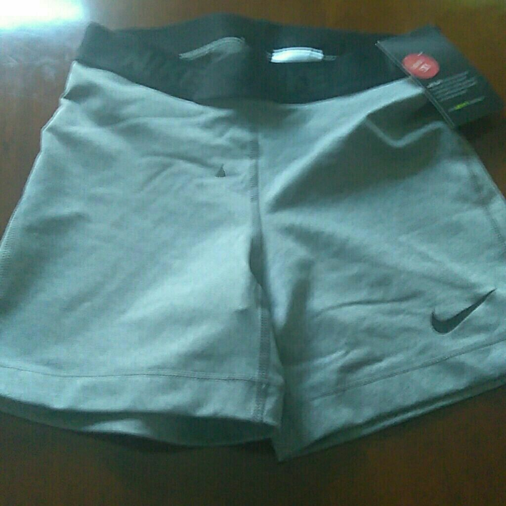 Nike work out shorts brand new