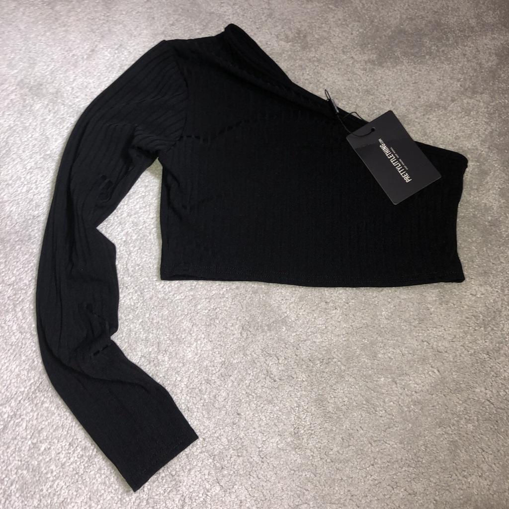 Brand new plt black shoulder top